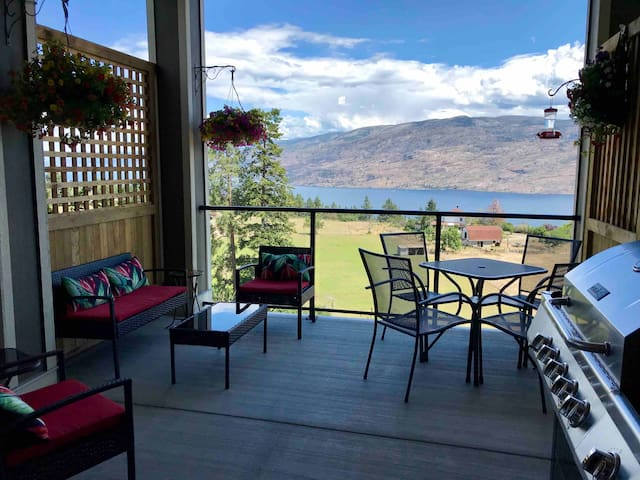 Peachland Perch/Panoramic View/Pet Friendly