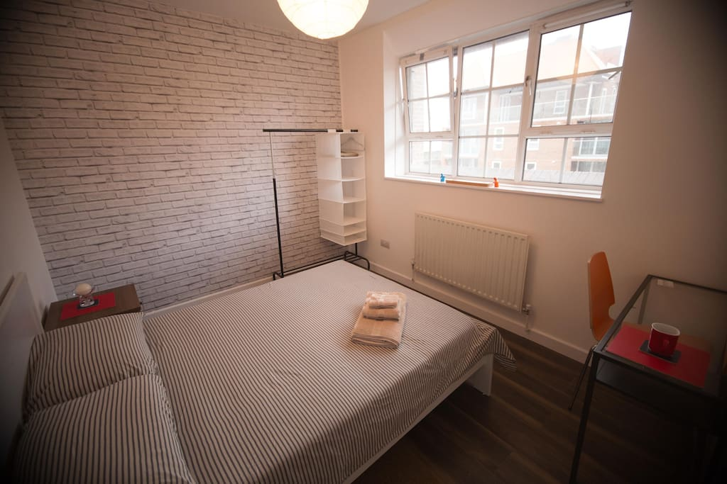 Room To Rent In Shadwell