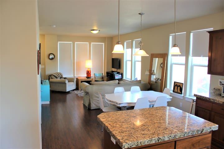 Dune R' Thing-3 bed, 2 bath home in Dory Pointe