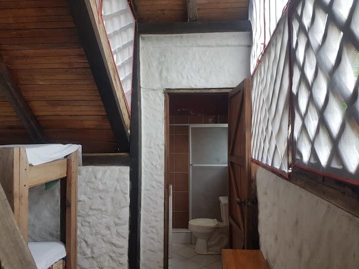 AZUCA.Habitación privada a 1 cuadra de la playa