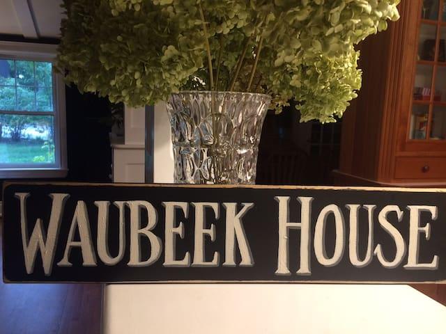 WaubeekHouse6 Parry Sound