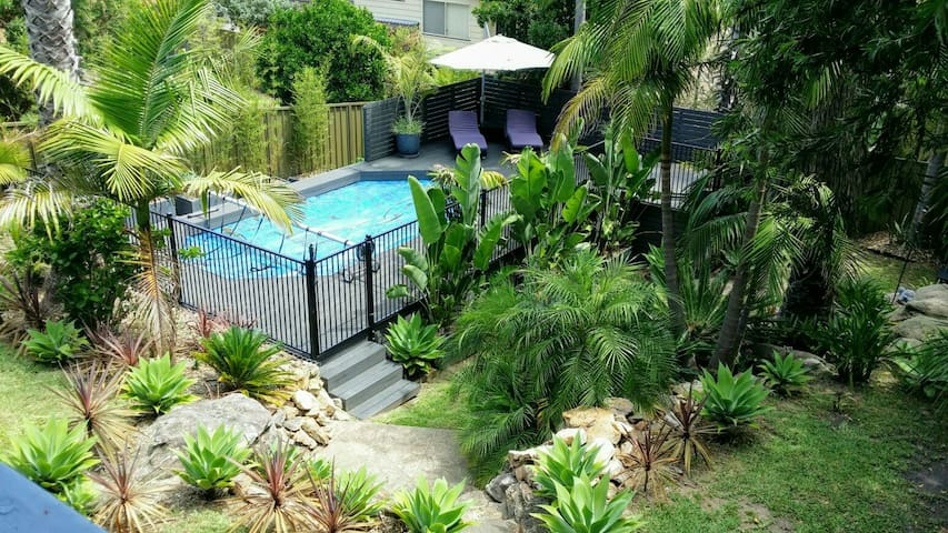 A tropical delight with views - Engadine