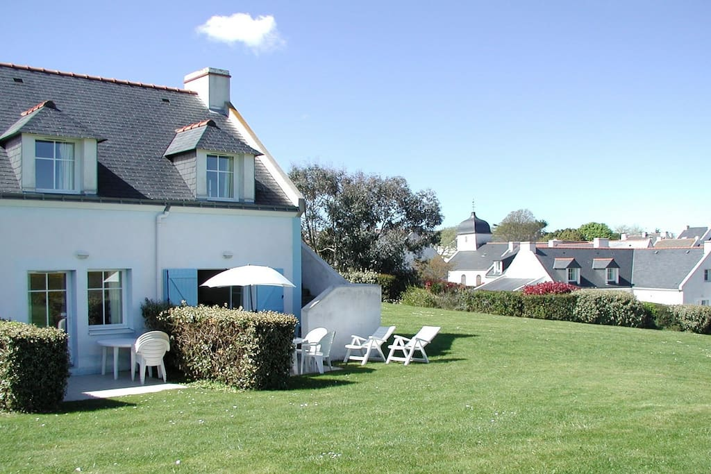 Belle ile maison avec vue sur mer houses for rent in - Belle piscine ile de france ...