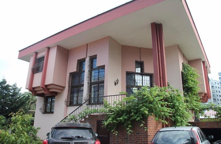 Günlük kiralık lüks villa