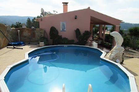 Bright house w/ swimming pool - Alte