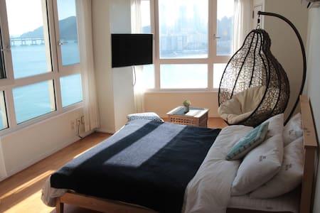 #10 광안리오션뷰,해변바로앞/Gwangalli Ocean *JINI HOUSE - 부산광역시