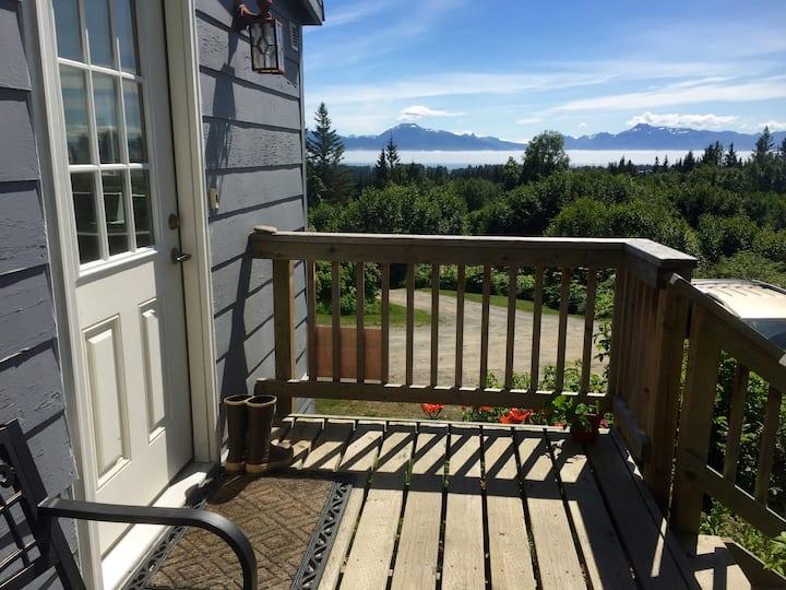 Alaska Holiday Homes - Historic Home