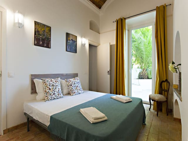 São Teodoro Guesthouse - Room Emiliano da Costa