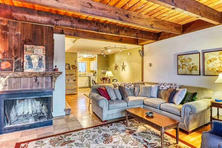 New listing! Roomy & comfortable Bolton Valley condo w/ ski in/out access!