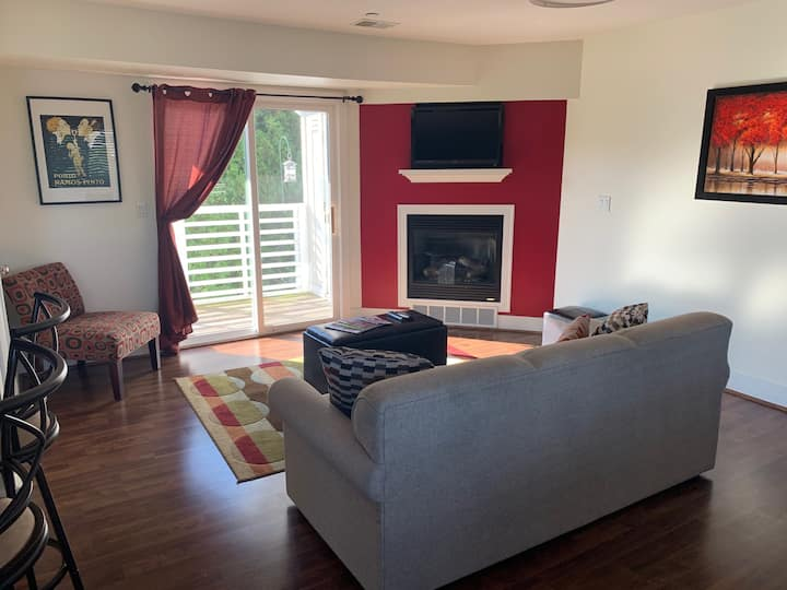 Family Friendly One Bedroom Condo with heated pool