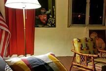 Lounge by lamplight