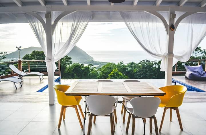 Luxueuse villa vue panoramique DESHAIES Guadeloupe