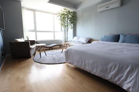 Ocean View Sims Story 1 @광안 Busan - 부산광역시 - Apartment