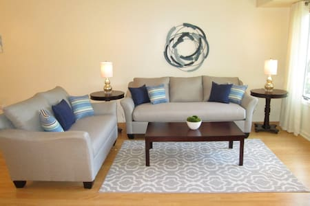 Newly Furnished 1 Bedroom Beaver Brook Condo
