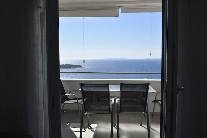 Apartment Bambir with a beautiful view - Primošten - Appartement