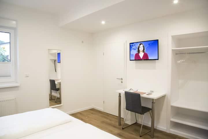 Main Motel (Dorfprozelten), Doppelzimmer (17m2) mit kostenfreiem WLAN