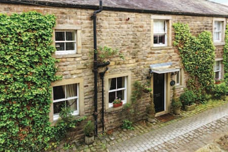 Double room, Abbey Mill House, Whalley - Lancashire - House