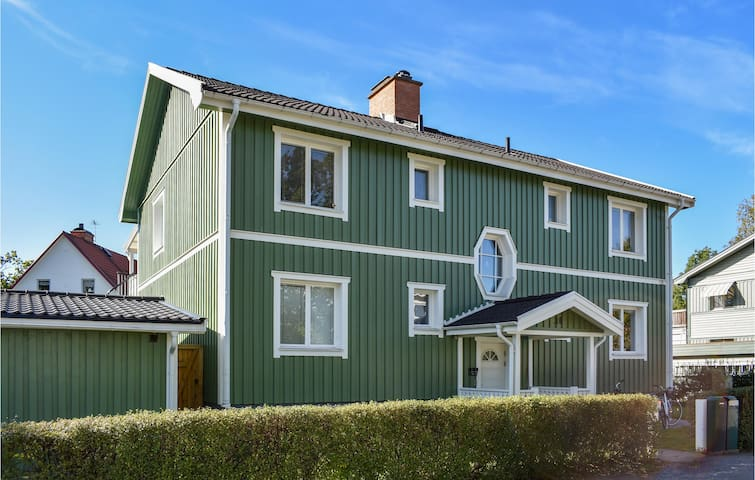 Holiday apartment with 2 bedrooms on 80m² in Finspång