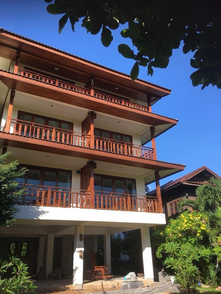 Samui Grandma House