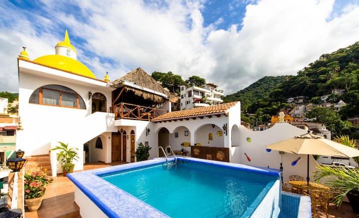 Casa Carmen Cupula