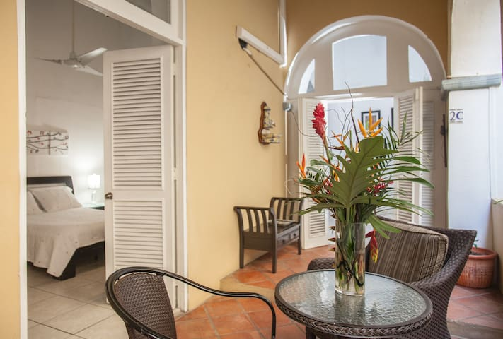 Colonial Old San Juan Apartment