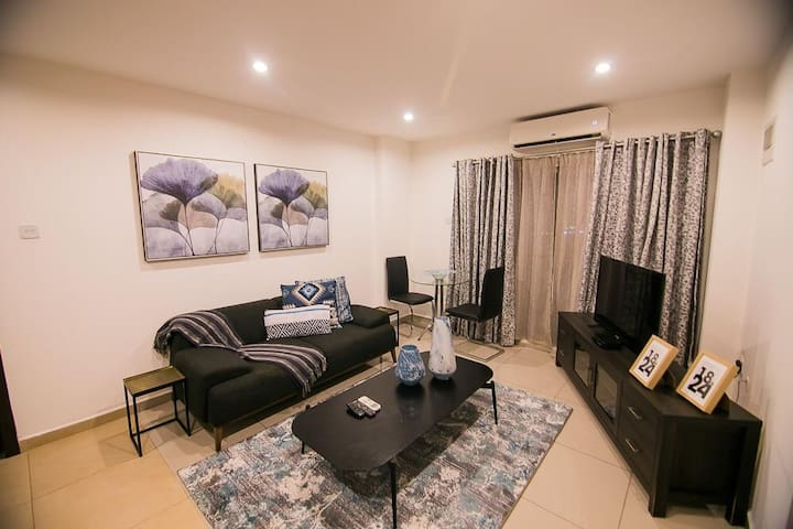 Clifton Gallery FK, 1 Bedroom Apt by Brown's Abode