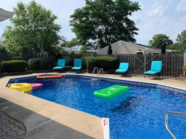 Point Pleasant Beach Home with a Pool