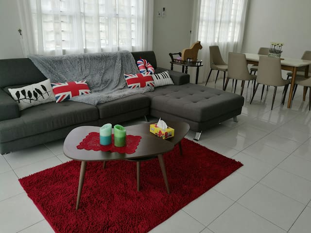 Mel's Crib@Urbaneeze - Kuching - Appartement