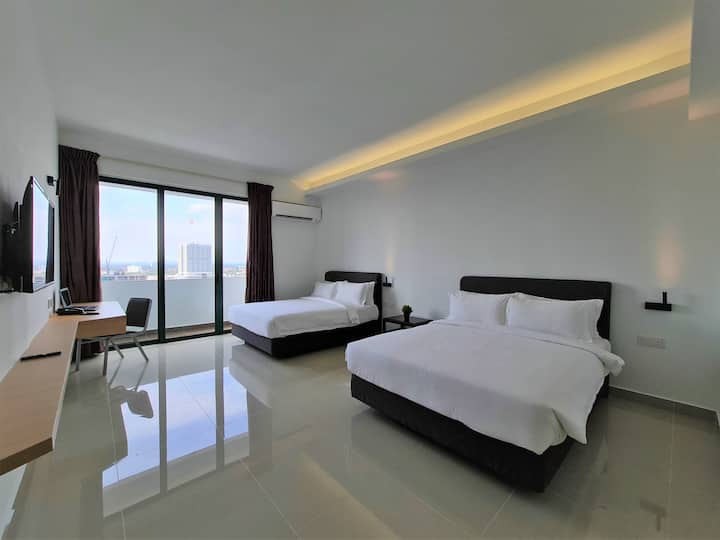 SGR The Community, 2 Queen Bed Room with City View