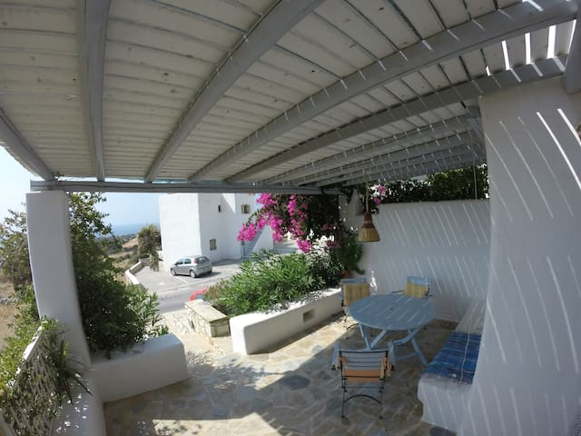 Ideal Holiday House-aspro chorio of paros - Aspro Chorio - House
