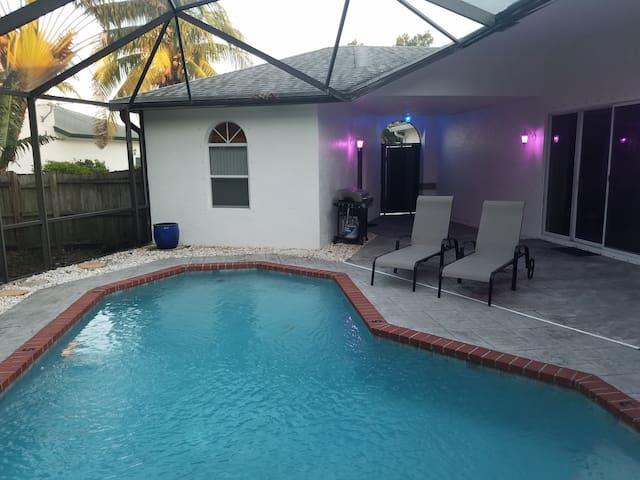 Boynton Pool House