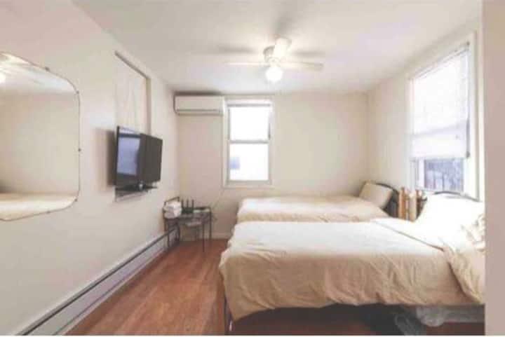(103)Cozy private room in Flushing交通便利购物美食齐全舒适整洁大房