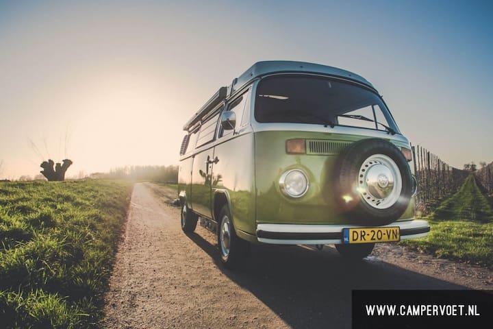 Volkswagen T2 T3 camper huren - Asperen - Casa