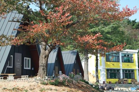 퀘렌시아캠핑펜션 201 Querencia camping & guest room