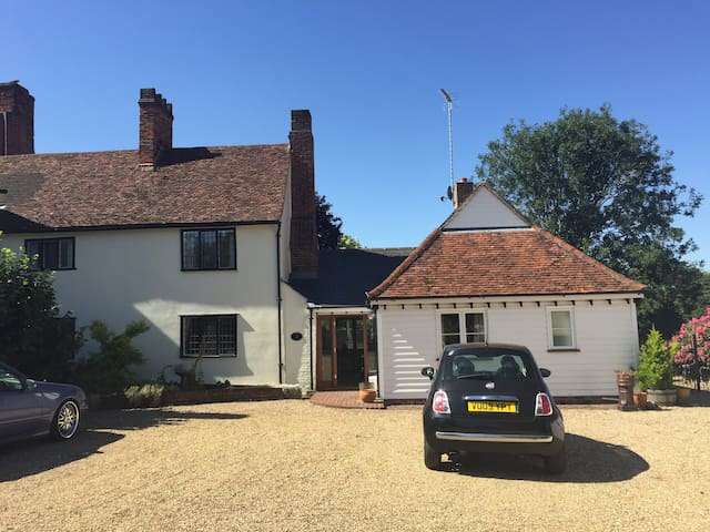Traditional cottage in Bocking - Braintree - House