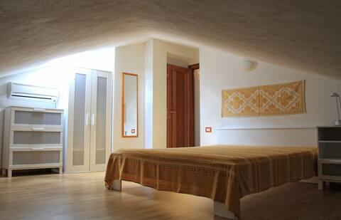 Casetta D'Este camera gialla