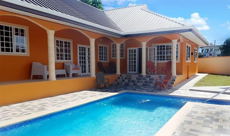 Villa Devica