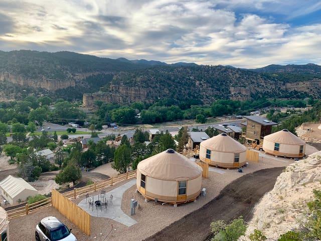 Yurt Overlook at East Zion Resort #6 (2 King Beds)