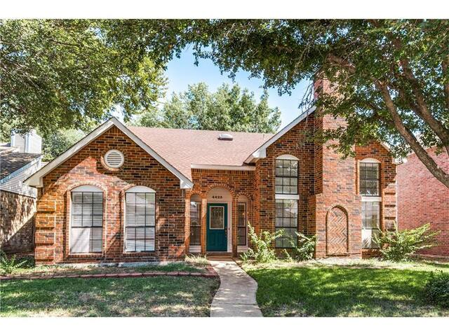 Centrally Located 3Br3Ba West Plano - Plano - Huis