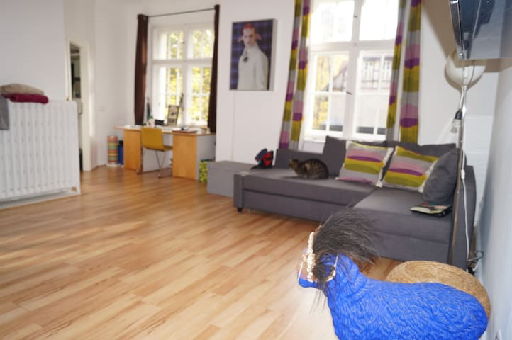 Berlin Exurb Chill Refurbished Apartment in Villa - Falkensee - Appartement