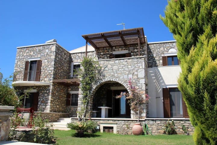CASA KALY 2 APARTMENTS - Agia Anna - House
