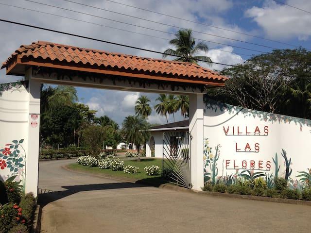 Villa Toucan at Villas Las Flores - San José - Haus