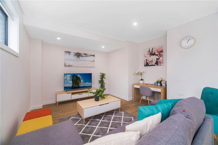Sydney Luxury 3Bed 3Bath home,Close Cronulla Beach
