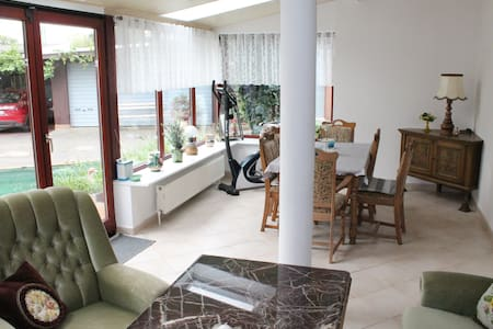"""holiday apartment """"pond view"""""""