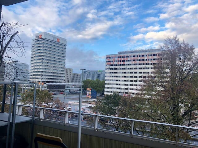 Eine Wunderschöne Wohnung mitten in Berlin