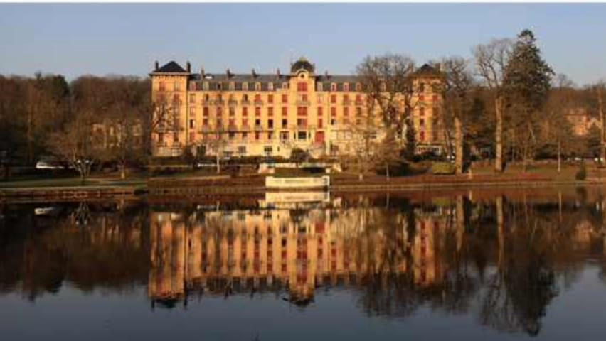 LARGE STUDIO APARTMENT ON THE LAKE - BAGNOLES - Bagnoles-de-l'Orne - Apartemen