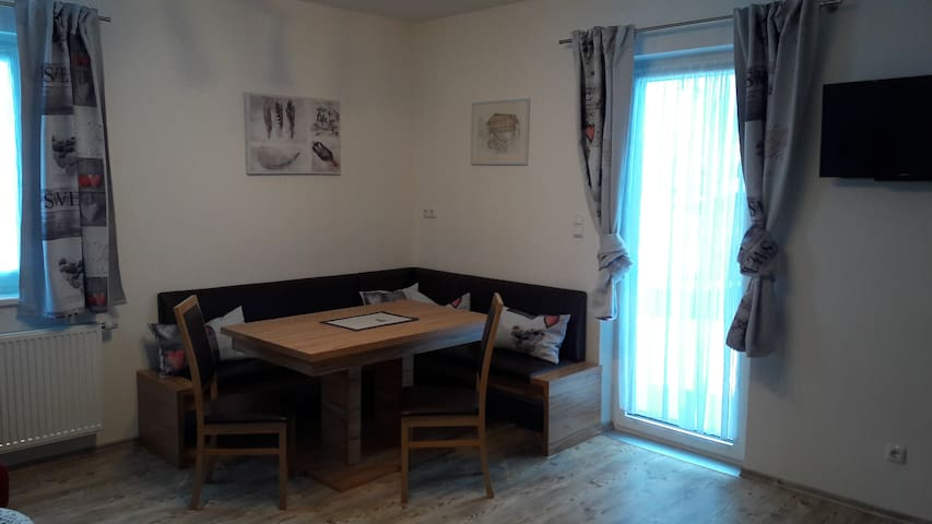 roomy apartment for 4-5 persons