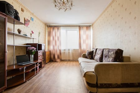 The apartment is on the 7th floor. - Sankt-Peterburg - Apartamento