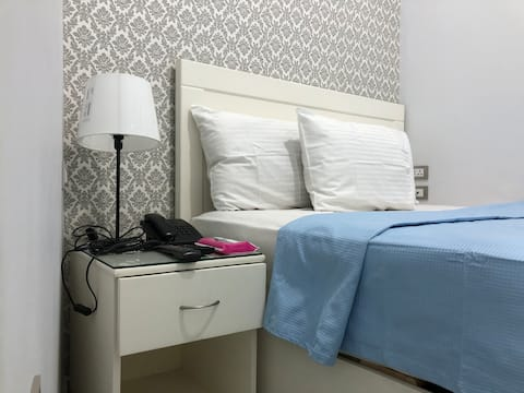 Cheap clean room in downtown Cairo