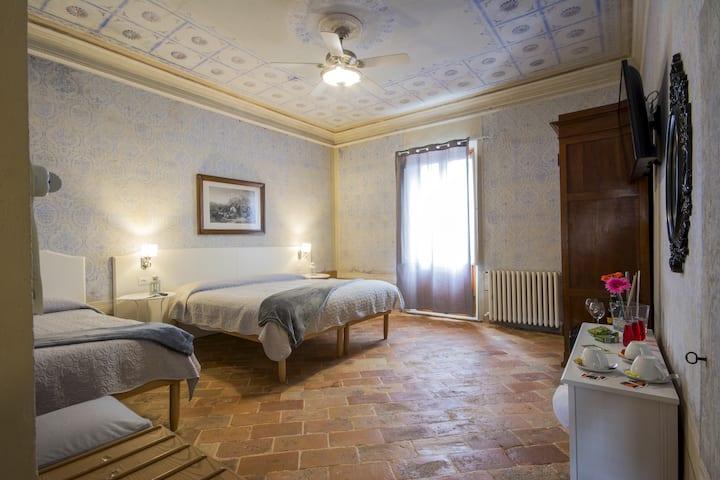 Triple room with balcony ANGIOLINA